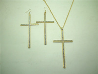 Min.order is $10 (mix order+gift)Free shipping!2013  fashion earope & america vintage retro statement cross necklace