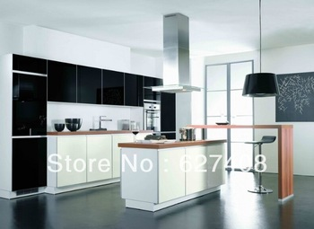 Black kitchens cabinets