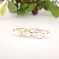 Wholesale Gift Pearl ring Jewelry for lady Top quality Dainty Creamy Fresh Water Pearl Lady Ring