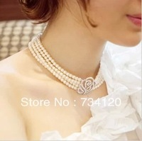 N048 Free Shipping  Four  pearl necklace of roses Out Roses With Drilling Big Pearl Necklace Fashion