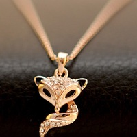 Hot Sale New 18k Rose Gold Plated Luxury Fox Austrian Crystal Rhinestone Exquisite Fox Chain Necklace Pendant Jewelry For Ladies