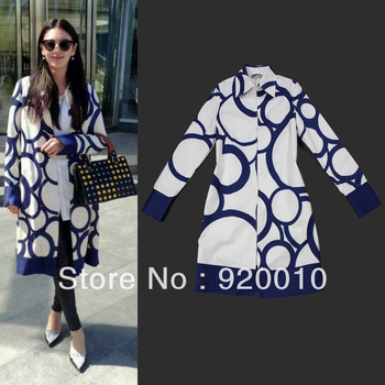 2013 New Women's Autumn Star Retro Print Windbreaker Jacket Coat Female Classical Print Outwear Ladies Overcoat