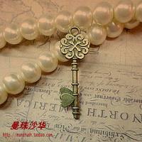 Zakka antique diy handmade accessories material 34 11mm vintage magic key pendant