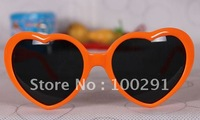 5% free ship FSHION IN KOREA AND EUROPEA THE 9 KINDS COLORS  SUNGLASSES FOR CHECKING (,50/SET)