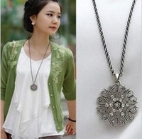 Min.order is $9(mix order)Bohemian hollow bright crystal pattern necklace sweater chain FreeShipping/Wholesale HL31907