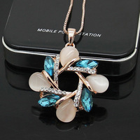 Free shipping  CS viennois 18 k rose gold plate  green crystal and oval opal  necklace   wholesale