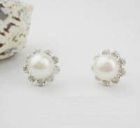 8.5MM 2013 new arrival fashion genuine pearls earrings freshwater pearl stud earrings natural wholesale cheap