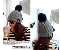 2013 new roll-up hem ultralarge bulb Pentagram wool knitted hat Winter Women accessories five-pointed star pompon Beanie
