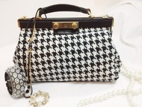 Free shipping!2013 autumn and winter fashion vintage yarn woolen houndstooth female bags one shoulder cross-body handbag