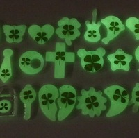 Four leaf clover mobile phone chain luminous many design  pendant personalized mobile phone pendant gift