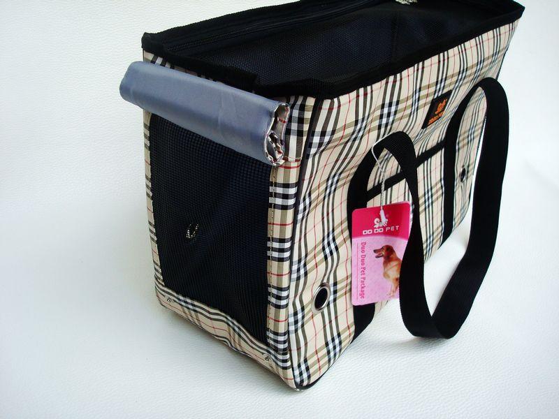 Free shipping New Fashion Brand Teddy Dog Carrier Travel Bag Cat Handbag(China (Mainland))