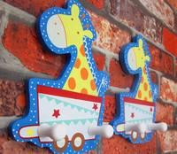 Wholesale Creative Wood Cloth Hook Decorative Wall Hook Lovely Giraffe as Wall Decoration 2 Hanging Hooks 2pcs/lot