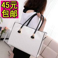 2013 black-and-white plaid shoulder bag messenger bag women's handbag popular bag
