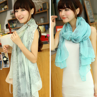 Hot-selling women's bali yarn vintage blue and white porcelain silk scarf cape scarf