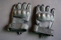 Hot ! Black hawk tactical gloves semi-finger motorcycle gloves safety gloves sports gloves sanda gloves