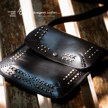 Vintage handmade leather bag genuine leather mobile phone bag women's rivet small messenger bag summer all-match shoulder bag