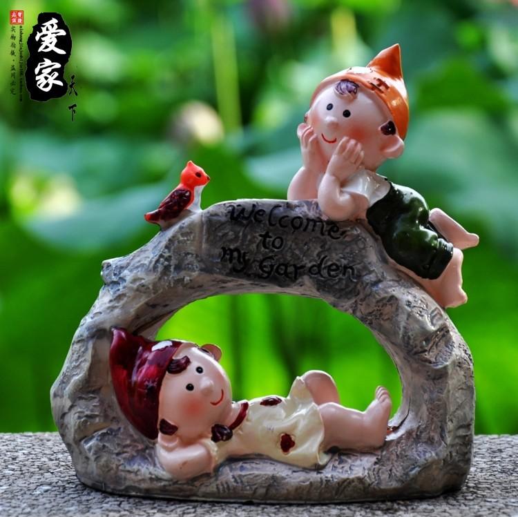 Home decoration accessories resin craft modern brief wedding gift(China (Mainland))