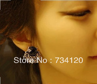 ES066 Min.order is $10 Free shipping Fashion Jewelry Vintage Black Rhinestone Stud Earrings Grace Alloy Earring
