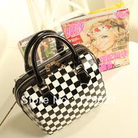 Fashion trend ol 2014 women palid japanned leather bag black and white shoulder bag high quality tote for women messenger bag