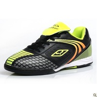 2013 latest genuine flat indoor and outdoor soccer training shoes men shoes Futsal