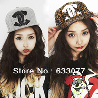 Free shipping RETSIL2014New brand baseball hats & caps for women leopard print sports hats winter hats