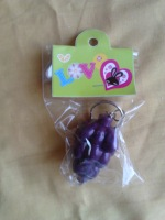 free shipping! Grape flashlight keychain , qq flashlight keychain , energy saving lamp keychain