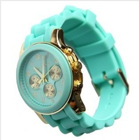 2013 Hot Sales,1PC Famous Brand Fashion Silicone Wrist watch for Men and Women ladies Gift Quartz Jelly Watch with Logos
