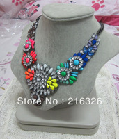 Free shipping * fashion/new gunmetal alloy and box chains&Rainbow glass and acrylic statement vintage women choker necklace
