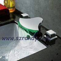 New Bath Tub Faucet Mixer Tap Outlet Chrome Spout  free shipping  LD8005-21A