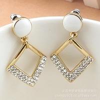 Accessories e201 elegant rhombus sparkling diamond stud earring accessories 100 accessories