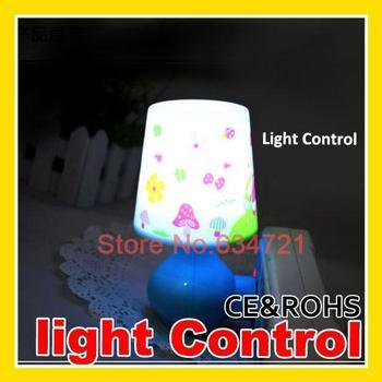 10PCS/Lot  AC110/220v Creative Intelligent Light Control Sensor Energy Saving Little Led Light Bulbs  Wholesale