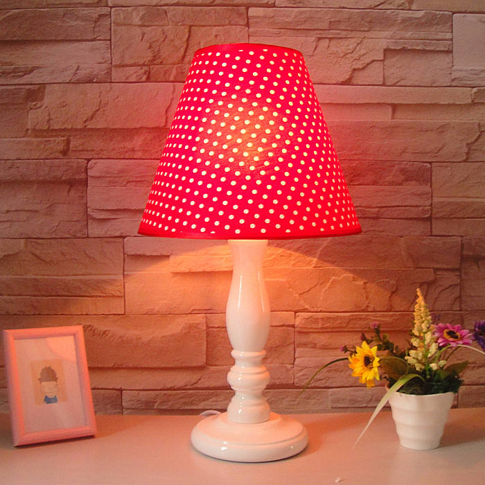 Polka dot lamp red modern brief fashion rustic bedside wool(China (Mainland))