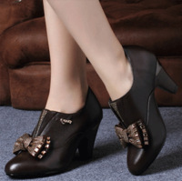 Autumn and winter rhinestone bow paillette shoes thick heel leather shoes fashion elegant fashion round toe shoes