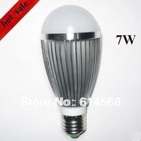 7W LED bulb 7W 660 Lumen LED Globe Bulb E26 E27 110V AC 270 View Angle