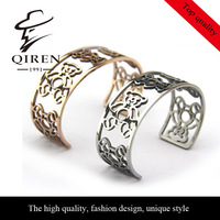 No min. order 1 pcs accept, high quality fashion stainless steel animal design hollow out bear panda bangles QR-80