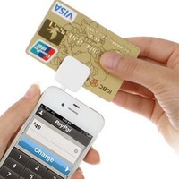 HOT Sell 3.5mm Headphone Jack Mobile Magnetic Card Reader Mini for IPhone and Android Smartphone