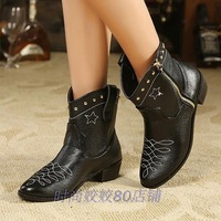 Black short boots  low-heeled rivet fashion embroidery shoes spring  autumn 2013 women's casual motorcycle boots Knight Martin