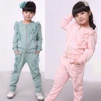 Autumn 2013 new children's clothing girls sports suit Zhongda Tong piece Rhinestone Ruffle Cardigan Set