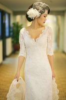 Wedding dress vintage half sleeve lace racerback V-neck fish tail train