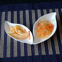 Japanese style ceramic dish tableware sauce dish plate weidie leaf shape small caidie