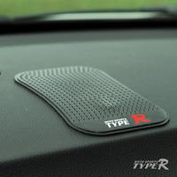 Typer car slip-resistant pad dot silica gel mobile phone pad superacids instrument table pad glove
