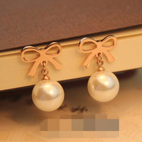 2014 Sale Earrings For Women Brincos Brinco Wholesale Perfect 18k Simple Wild Hollow Bow Hanging Pearl Earring Not Allergic Fade