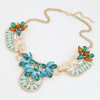Hot sale new fashion amazing shining stones short necklace