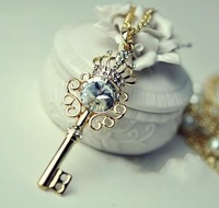 2013 Women Fashion Gem Key Pearl Necklace Zircon Rhinestone Necklace Min Mix Order USD $10