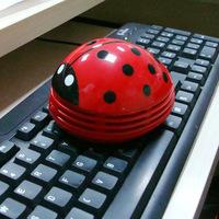 Creative new strange gift ladybug Mini Desktop keyboard vacuum cleaner mini vacuum cleaner AY-3221