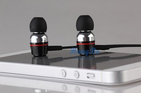 Freeshipping super bass voce chiara auricolari in metallo- orecchio cuffie mobile computer mp3 universale cuffie da 3,5mm suono sorprendente