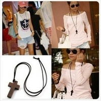 E1131 wood cross female long design fashion necklace
