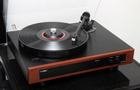 Amari LP-12 Hi-End Turntable with Internal Phono Stage LP12 Brand New