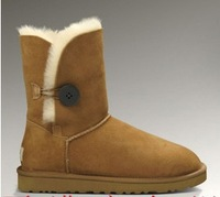 Bought the new 2013 short boots fur boots in 5803 buckle female boots