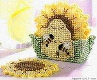 Three-dimensional embroidery - three-dimensional cross-stitch coasters e-91